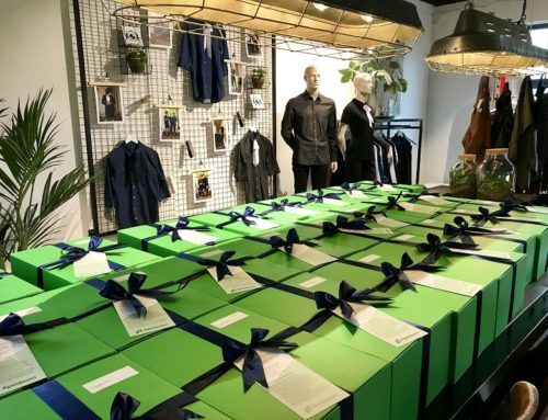 The municipality of Apeldoorn receives new corporate wear in a festive way